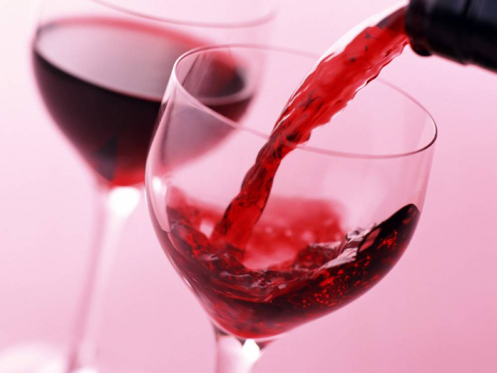 Orta derecede alkol tüketimi bağışıklık sistemini güçlendiriyor.